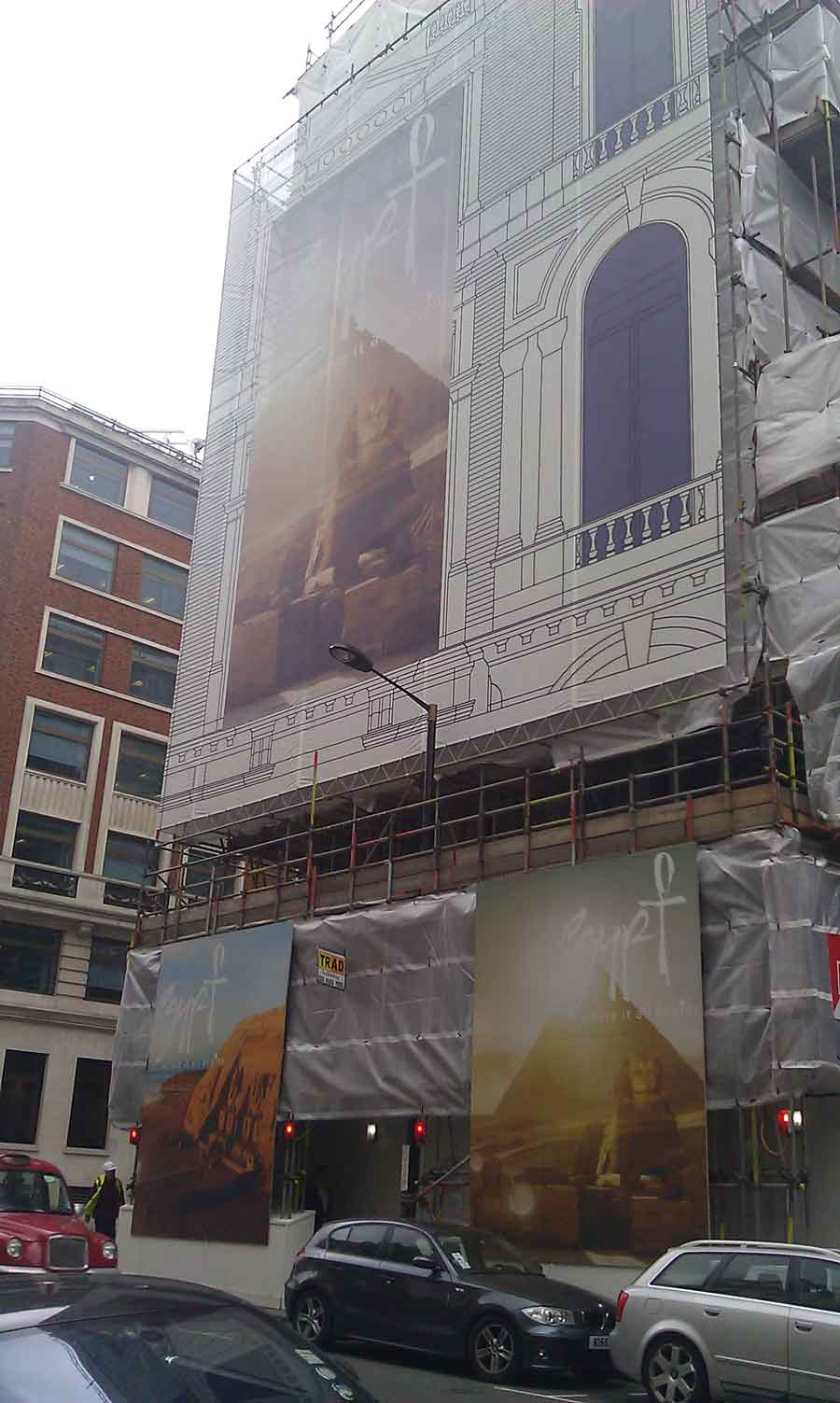 Scaffold shrouds advertisement